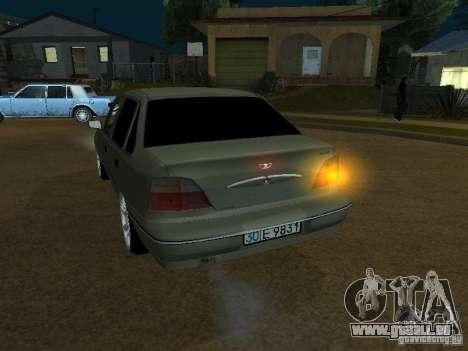 Daewoo Nexia pour GTA San Andreas vue intérieure