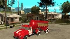 Le camion de pompier de l'AB-6 (130В1)