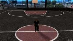 Dem neuen Basketballplatz