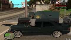 Schießen Sie aus dem Auto in GTA 4