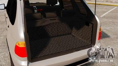 BMW X5 4.8iS v2 pour GTA 4 est une vue de l'intérieur