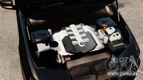 BMW X5 4.8iS v1 pour GTA 4 est une vue de l'intérieur