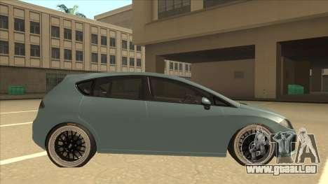 Seat Leon Clean Tuning pour GTA San Andreas sur la vue arrière gauche