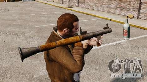 Lance-grenade antichar, Molotov pour GTA 4