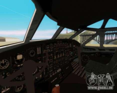 L'Antonov-12 de Aeroflot pour GTA San Andreas vue de côté