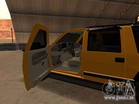 GMC Yukon pour GTA San Andreas vue intérieure