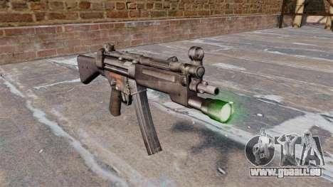 Pistolet mitrailleur HK MP5 avec lampe de poche pour GTA 4