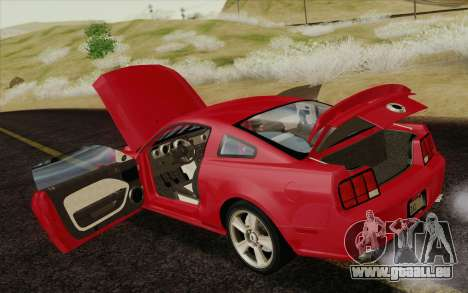 Ford Mustang GT 2005 pour GTA San Andreas moteur