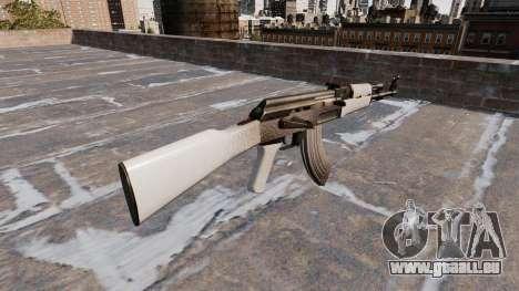 L'AK-47 Chrome pour GTA 4 secondes d'écran