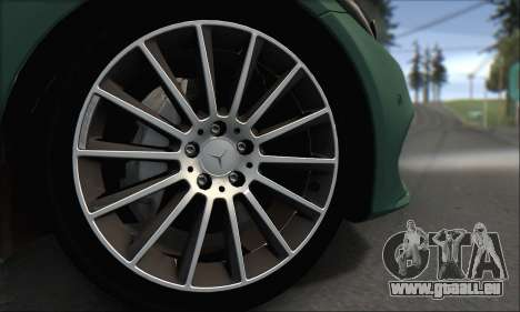 Mercedes-Benz C250 V1.0 2014 pour GTA San Andreas vue de côté