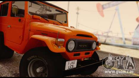 Toyota Land Cruiser (FJ40) 1978 pour GTA San Andreas vue de droite