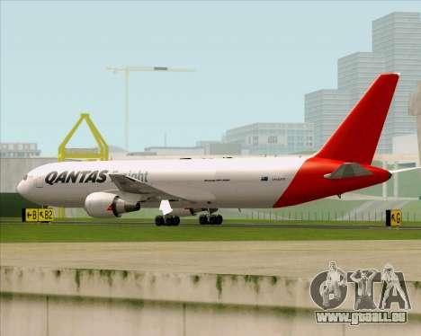 Boeing 767-300F Qantas Freight pour GTA San Andreas sur la vue arrière gauche