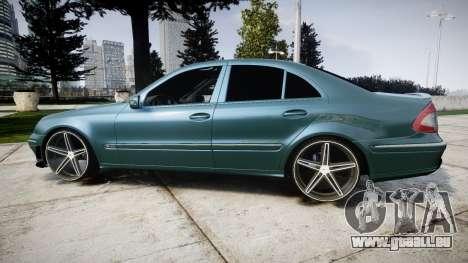 Mercedes-Benz W211 E55 AMG Vossen VVS CV5 pour GTA 4 est une gauche