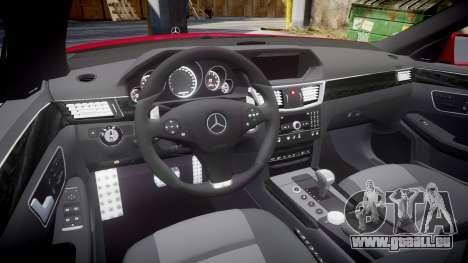 Mercedes-Benz E63 AMG pour GTA 4 est une vue de l'intérieur