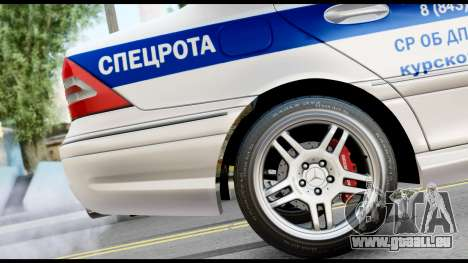 Mercedes-Benz C32 AMG ДПС für GTA San Andreas rechten Ansicht