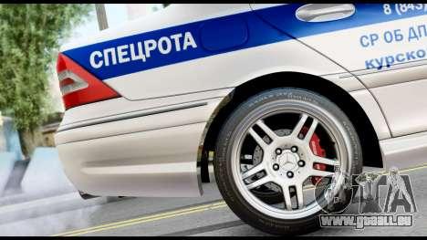 Mercedes-Benz C32 AMG ДПС pour GTA San Andreas vue de droite