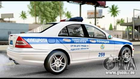 Mercedes-Benz C32 AMG ДПС pour GTA San Andreas sur la vue arrière gauche