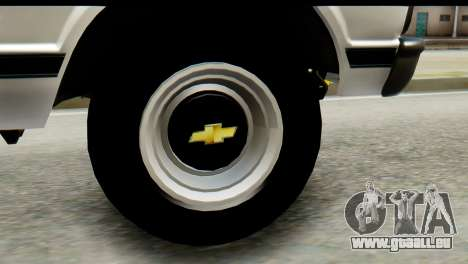 Chevrolet C10 Patrulla pour GTA San Andreas sur la vue arrière gauche