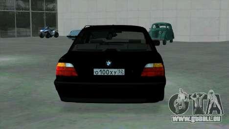 BMW 750i e38 pour GTA San Andreas vue de droite