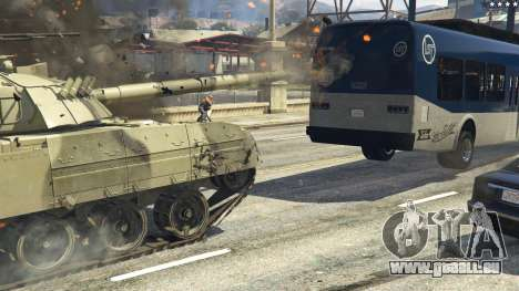 GTA 5 T-80U arrière droit vue de côté