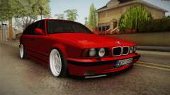 BMW 5 Series E34 Touring Stance
