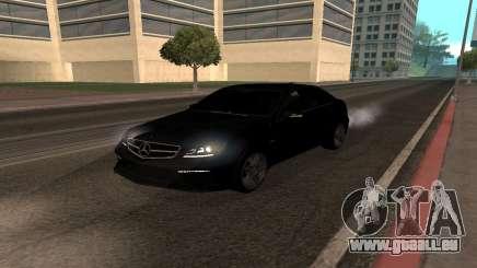Mercedes-Benz C63 Armenia pour GTA San Andreas