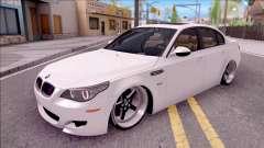 BMW M5 E60 SUCER
