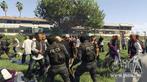 GTA 5 30 SWAT VS 60 Gangsters 1.0 quatrième capture d'écran