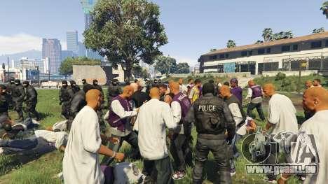 GTA 5 30 SWAT VS 60 Gangsters 1.0 troisième capture d'écran