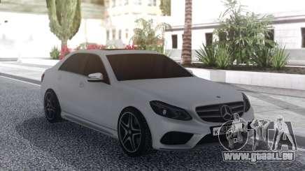 Mercedes-Benz E200 White pour GTA San Andreas