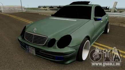Mercedes Benz E500 Fullsport pour GTA San Andreas