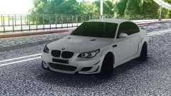 BMW M5 E60 White Sedan pour GTA San Andreas