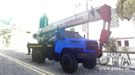 Ural Neben Dem Kran für GTA San Andreas