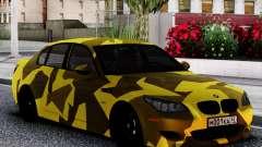 BMW M5 E60 Yellow Camo pour GTA San Andreas